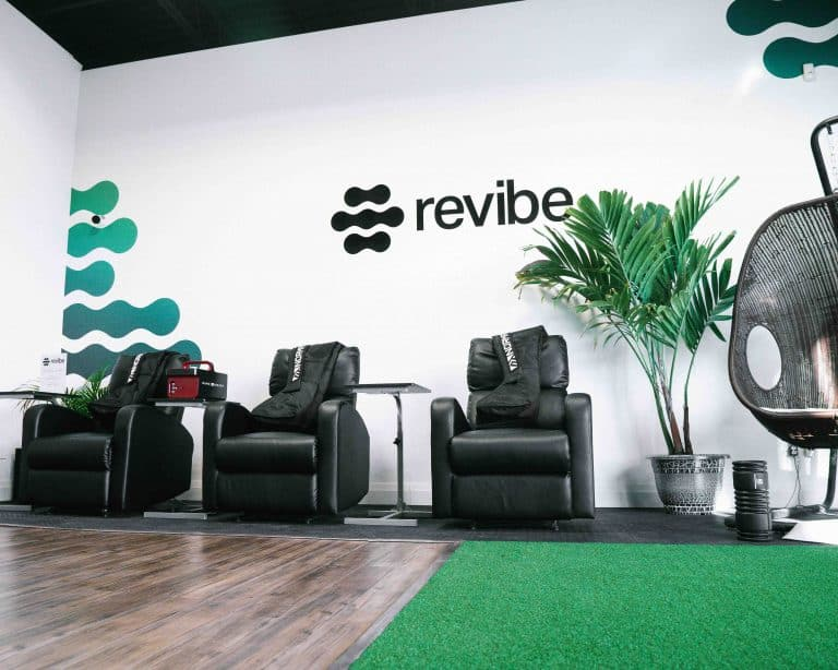 Recovery Lounge Chairs